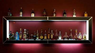 Поставщики, спрос и конкуренция: рынок элитного алкоголя в ДНР