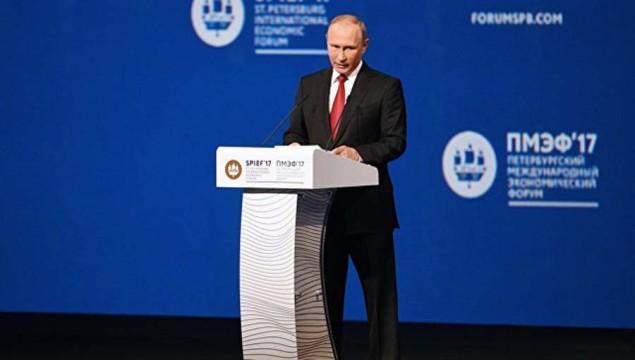 Putin-prizval-zanyatsya-e`konomicheskoy-reabilitatsiey-DNR-i-LNR.jpg