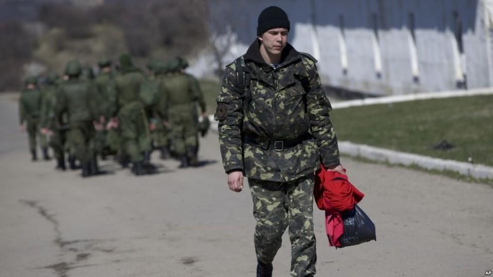 Soldatyi-VSU-gotovyi-bezhat-iz-Mariupolya.jpg