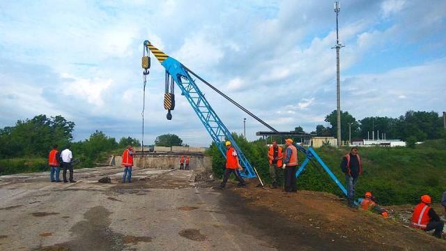 Most-mezhdu-Enakievo-i-Uglegorskom-budet-sdan-v-e`kspluatatsiyu-e`toy-osenyu.jpg