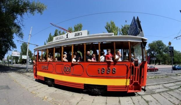 retro-tramvai-e1503750990718.jpg