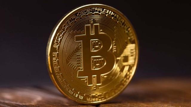 Kurs-Bitcoin-snova-pobil-rekord.jpg