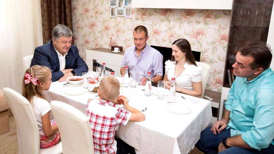 Prezident-i-borshh-istoriya-odnoy-ukrainskoy-semi.jpg