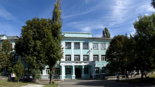 V-DNR-vosstanovili-255-shkol-i-detskih-sadov.jpg
