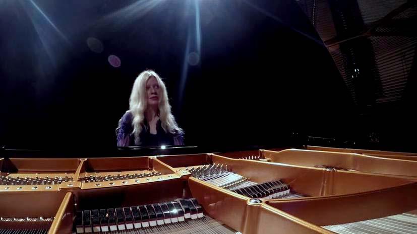 V.Lisitsa---naprosilas---na-gastroli-v-Kryimu-s-orkestrom-Donetskoy-filarmonii.jpg