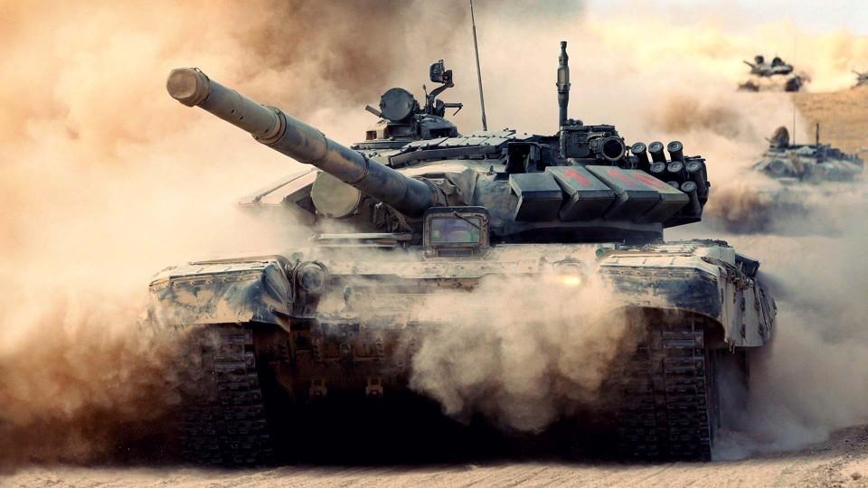 RF-vyishla-na-pervoe-mesto-v-mire-po-kolichestvu-tankov-i-BMP.jpg