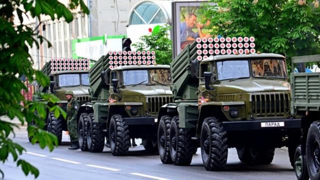 Parad-Pobedyi-v-Donetske-e1524228555590.jpg