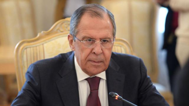 Obama-prosil-Putina-ne-otgovarivat-YAnukovicha-ot-sdelki-s-oppozitsiey-e1527594668875.jpg