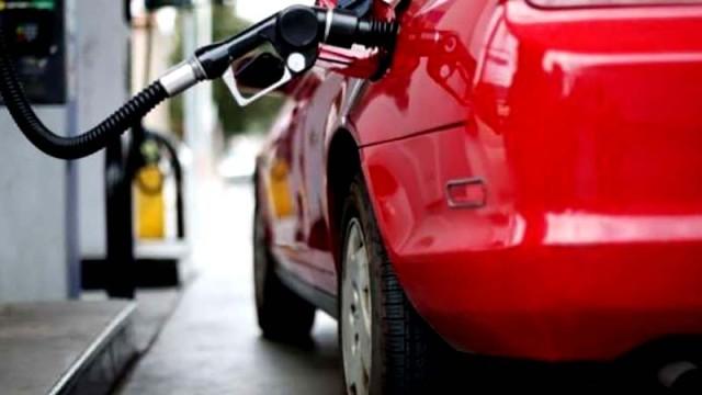 Na-nekotoryih-AZS-poyavilsya-benzin-----GP---RTK--.jpg