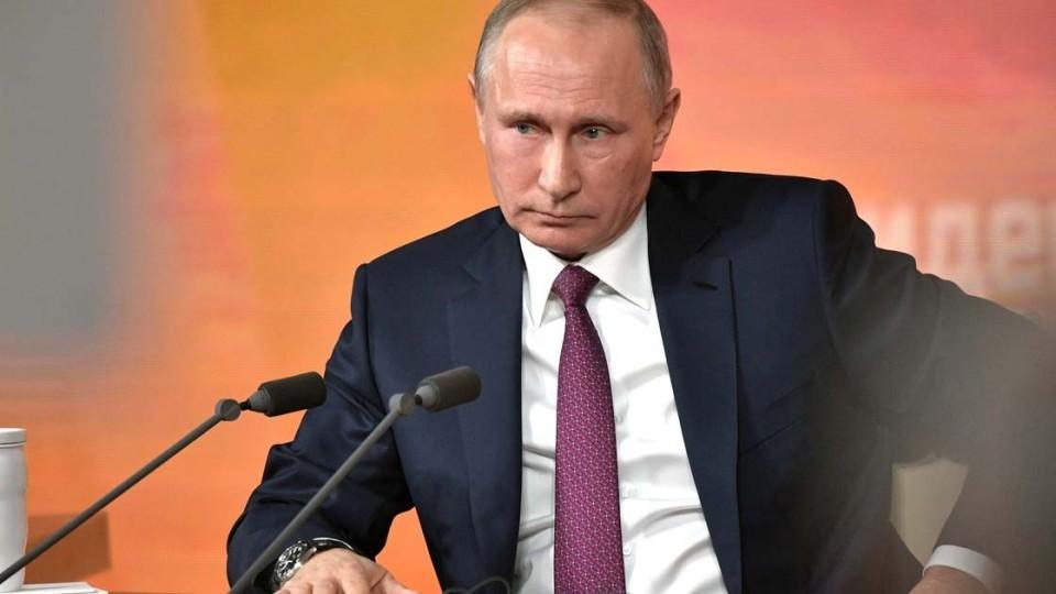 Putin-poruchil-pomoch-s-obustroystvom-bezhentsam-iz-DNR-i-LNR.jpg