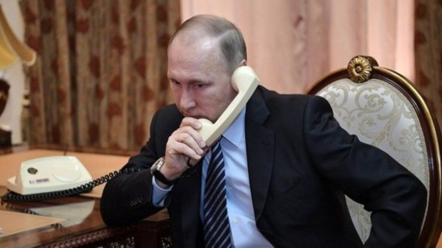 Putin-provel-telefonnyiy-razgovor-s-poroshenko-e1529582794507.jpg