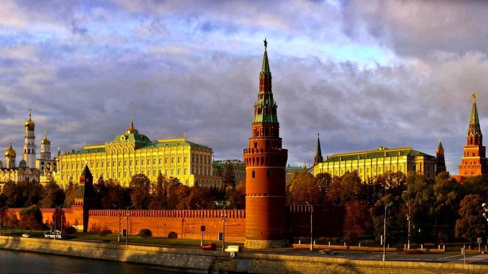 Putin-vstretitsya-s-sovetnikom-Trampa-v-Kremle.jpg