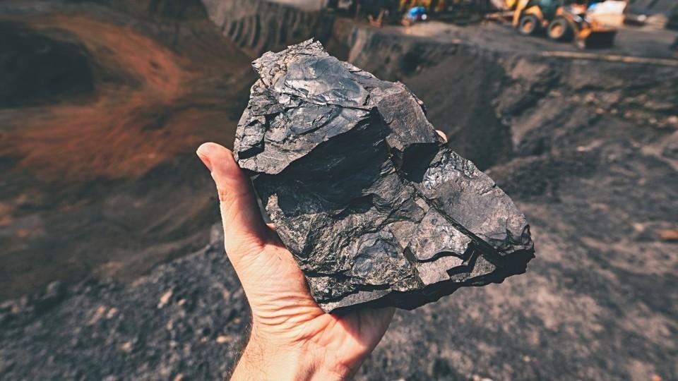 V-DNR-s-nachala-goda-dobyili-bolee-3-mln-tonn-uglya-e1528097454786.jpg