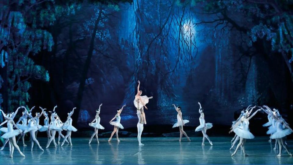 Donetskie-artistyi-baleta-vyistupyat-v-SSHA-i-Kitae-2-e1535618205766.jpg