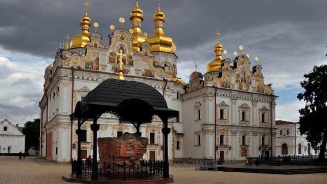 Kievskiy-patriarhat-gotovitsya-zahvatit-24-hrama-UPTS-MP-1-e1539095544261.jpg