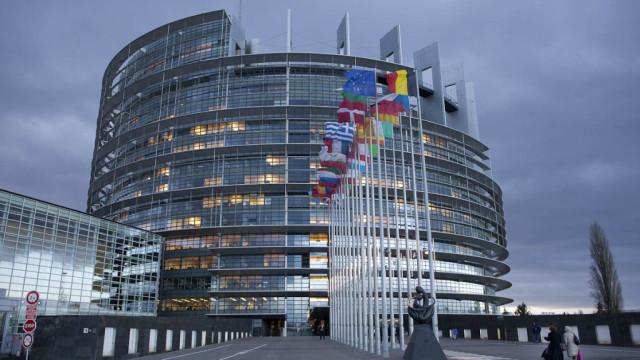 V-Evroparlamente-proshel-kruglyiy-stol-po---Minsku-2--.-e1539243354337.jpg