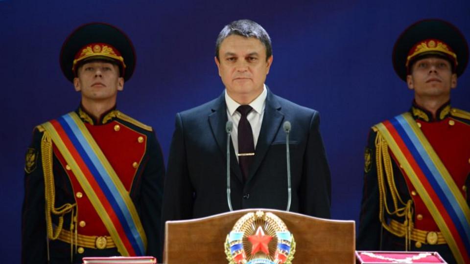 Leonid-Pasechnik-vstupil-v-dolzhnost-Glavyi-LNR-e1542793865852.jpg