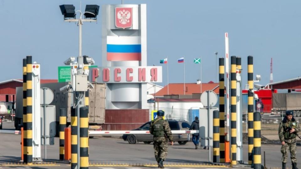 Rossiya-usilila-kontrol-na-granitse-s-Ukrainoy-e1543321465792.jpg