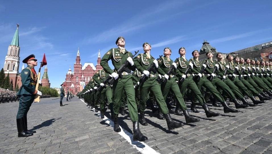 Rossiyskuyu-armiyu-priznali-odnoy-iz-silneyshih-v-mire-e1542897170303.jpg