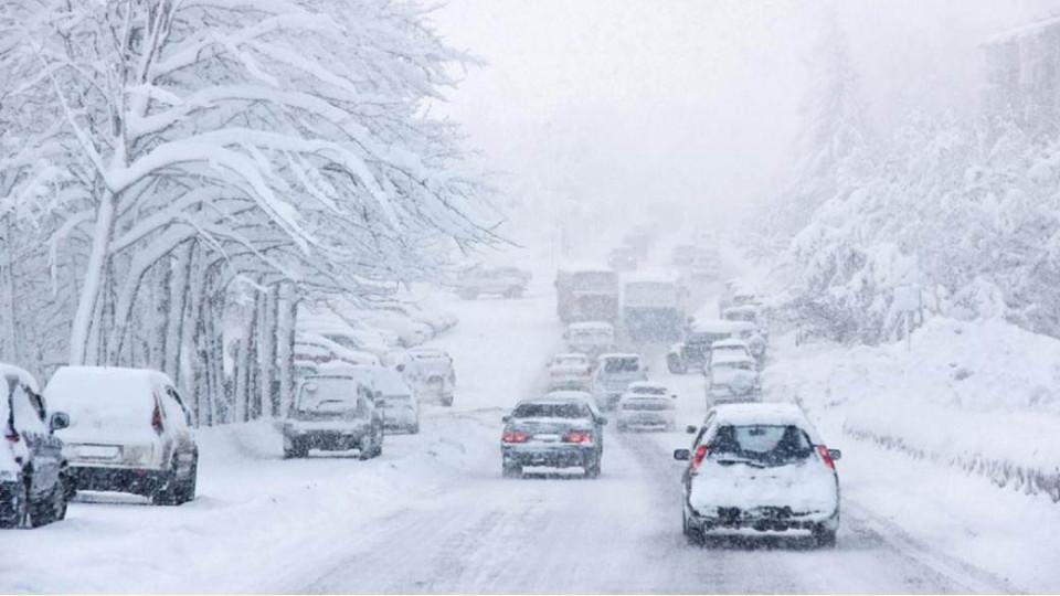 v-dnr-vyipao-112-snega.jpg