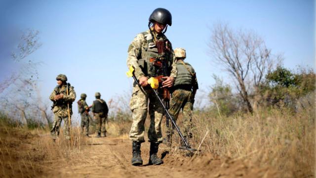 vstupil-v-silu-zakon-o-razminirovanii-Donbassa.jpg
