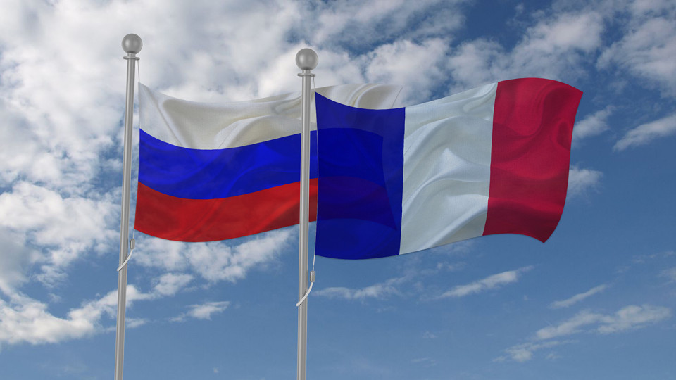 frantsiya-rossiya-e1566037739654.jpg