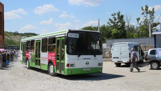 avtobusyi-lnr.jpg