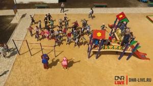 детская площадка в макеевке 21