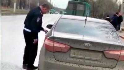 Скандальное видео с «пьяным» полицейским — расследование DNR LIVE